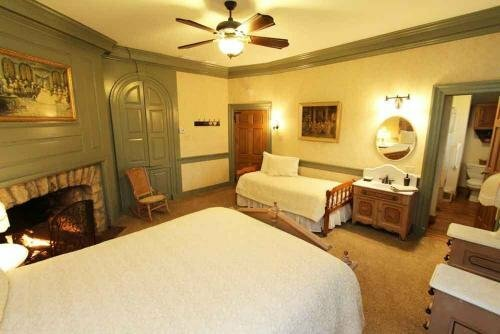 Rocky Acre Farm Bed and Breakfast