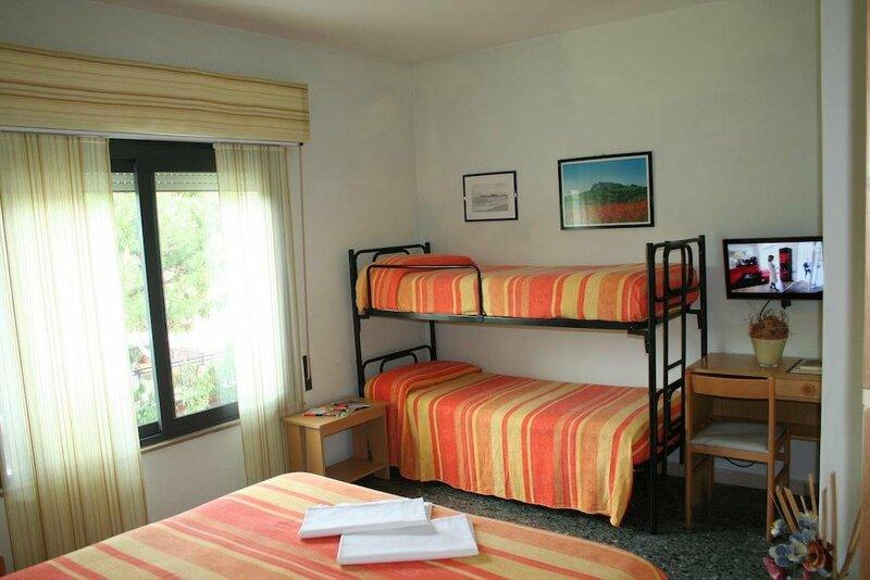 Hotel Villa Merope & Dep