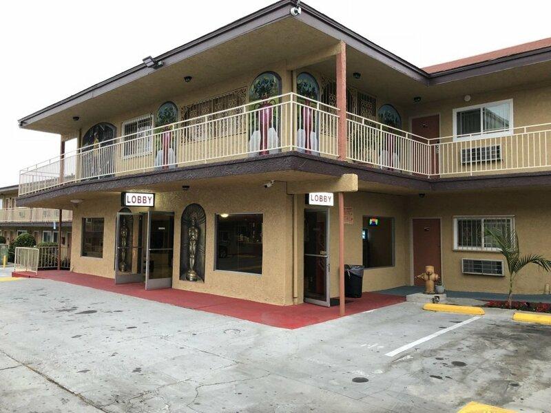 Los Angeles Inn & Suites - Lax