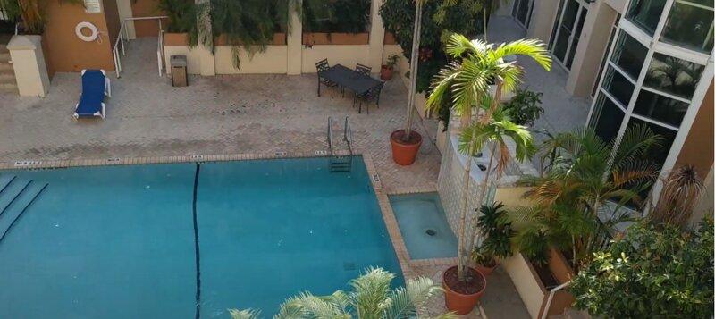 Charming Villa In Coral Gables