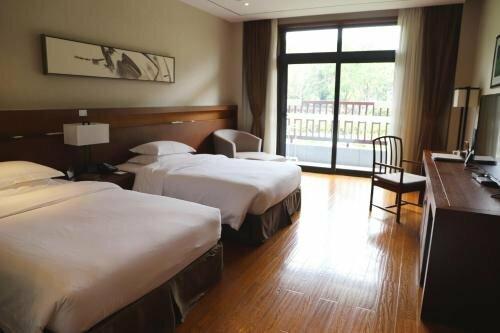 Kuaiji Mountain Yangming Hotel