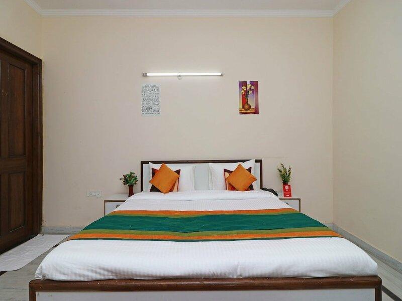 Oyo 10669 Hotel Comfort Stay Inn