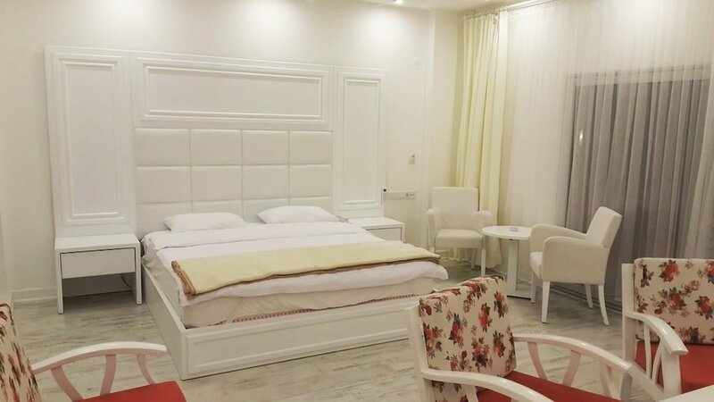 Beyaz Cinar Butik Hotel