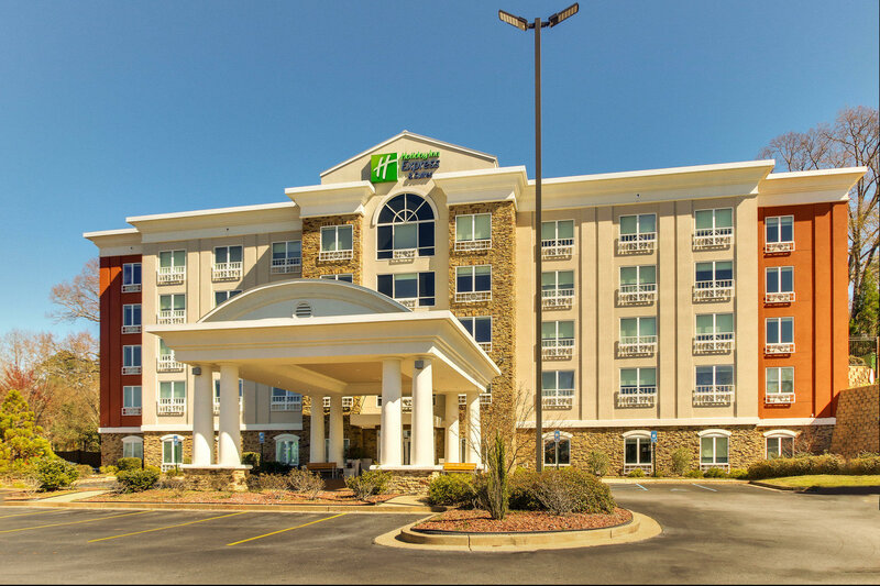Holiday Inn Express Hotel & Suites Columbus-Ft Benning
