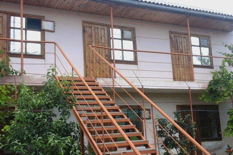 Гостевой дом на Арцеулова 7