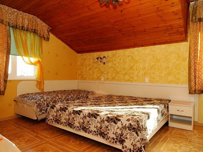 Guest House on Terskaya 165