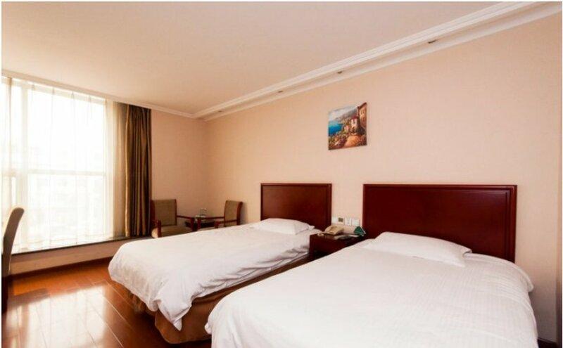 GreenTree Inn LangFang GuanGYAng District High-speed Railway Station Business Hotel