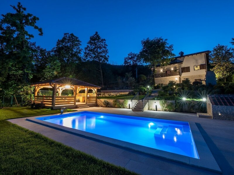 Luxurious Villa With Sea View for up to 8 Persons Located Near Opatija