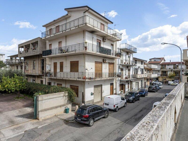 Simplistic Apartment in Siderno Near Seabeach