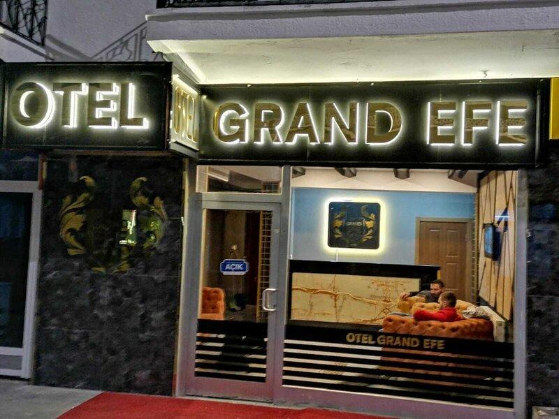 Grand Efe Otel