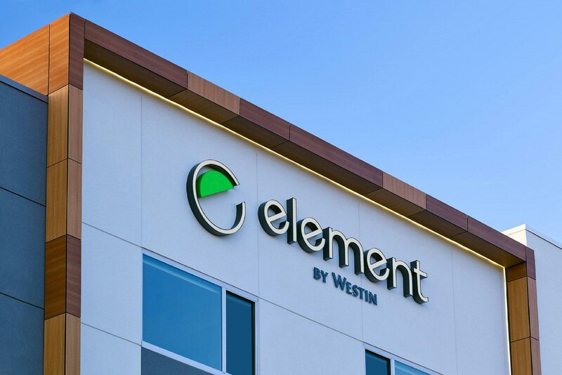 Element Hampton Peninsula Town Center