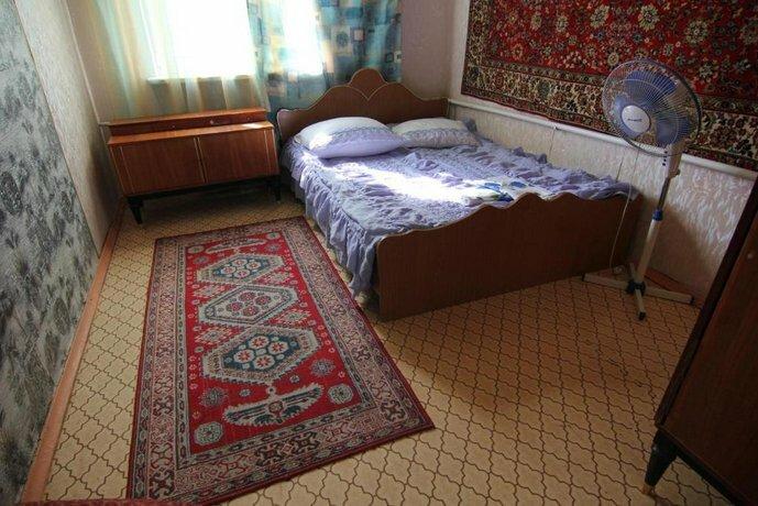 Guest House on Kavkazskaya 16