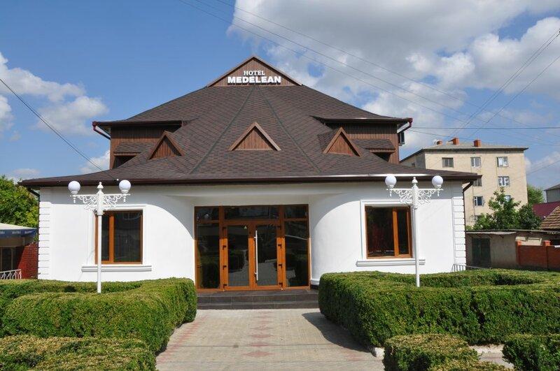 Отель Medelean