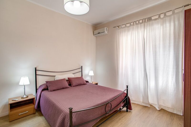 Bright and Modern 2 bed Flat Near San Giovanni
