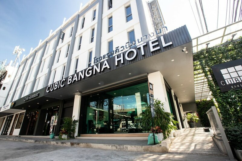 Cubic Bangna Hotel