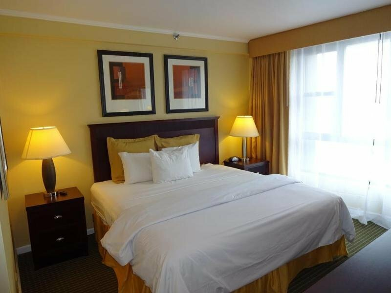 Garden Inn & Suites Jfk