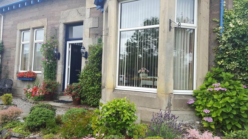 Strathcona Guesthouse And B&b