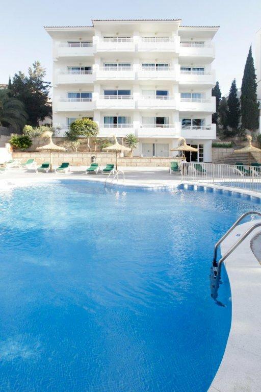 Hotel y Apartamentos Casablanca