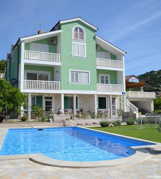 Villa Solo