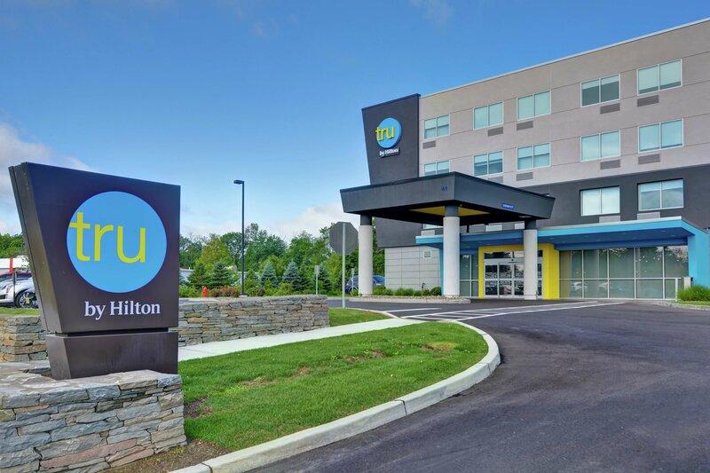 Tru by Hilton Middletown
