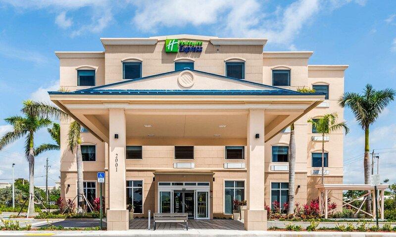 Holiday Inn Express & Suites Boynton Beach West