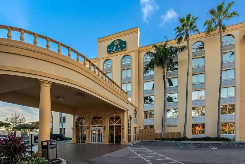 La Quinta Inn & Suites by Wyndham West Palm Beach Airport