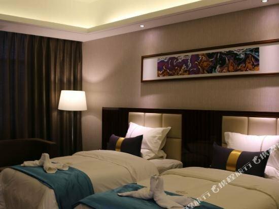 New Silk Road Hotel