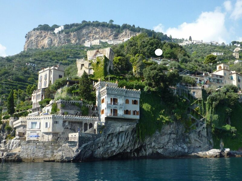 Villa with terrace and sea view in Ravello Id 3876