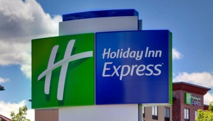 Holiday Inn Express Bronx Nyc Stadium Area