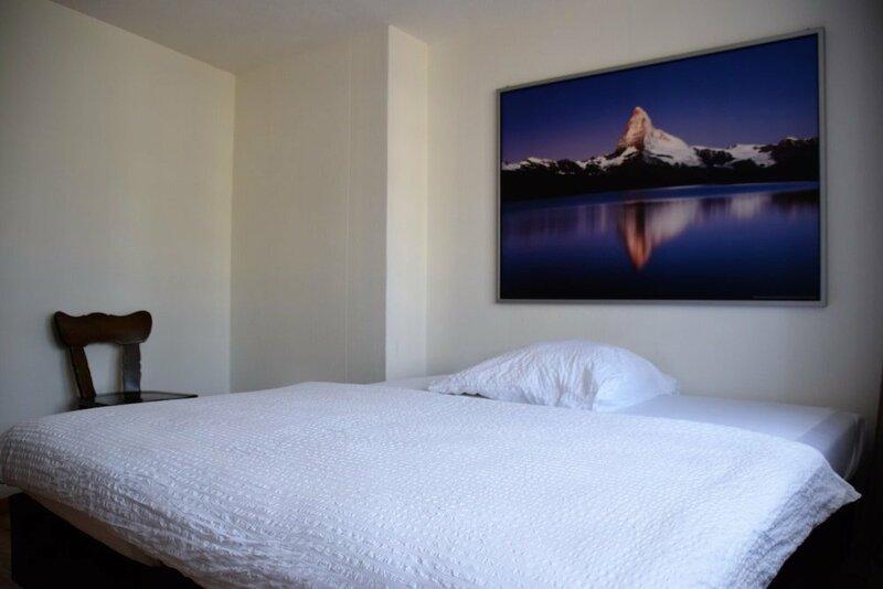 Hotel T8