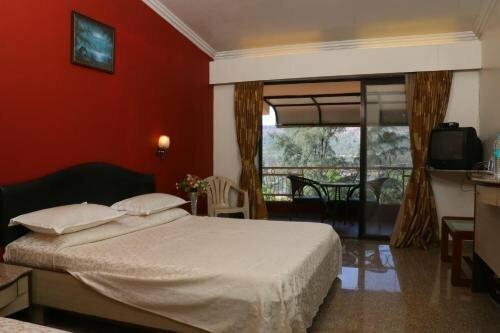Hotel Anando Saputara