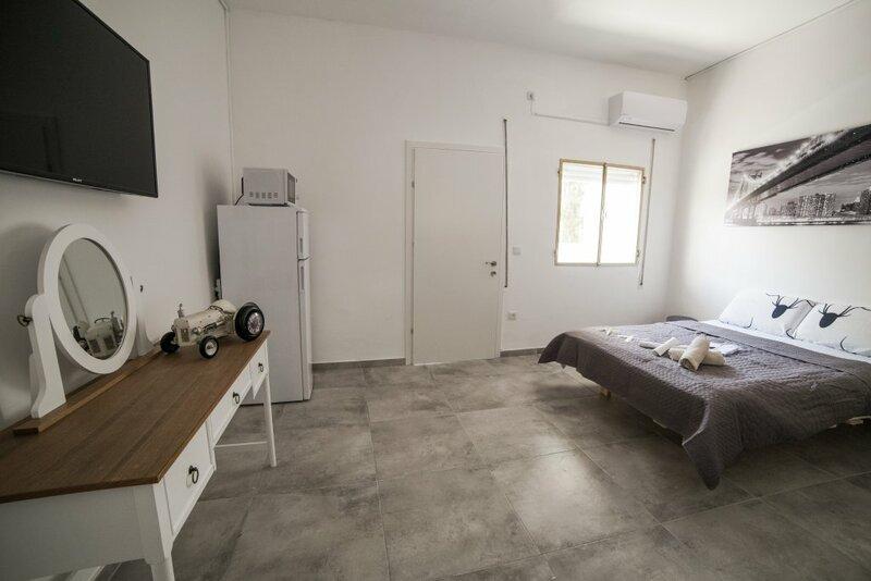 Rooms at R&a apartment