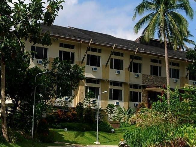 Camp Benjamin Hotel