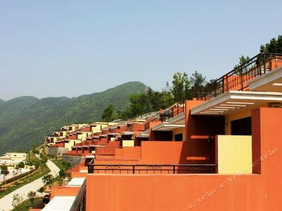 Yichang Changyang North Island Hotel