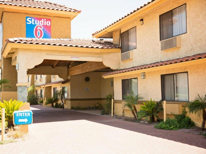 Suburban Extended Stay Hotel Phoenix Scottsdale West