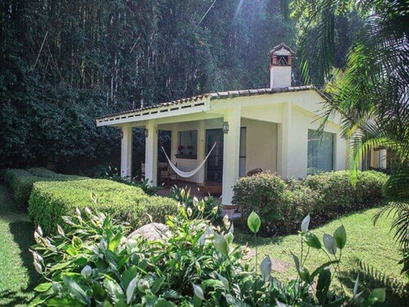 Casa Bugambilia