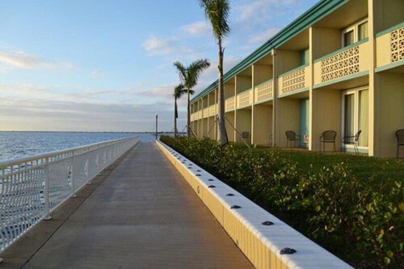 Punta Gorda Waterfront Hotel And Suites