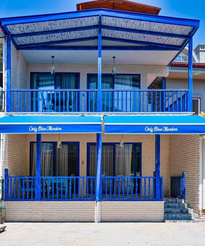 Only Blue Mansion