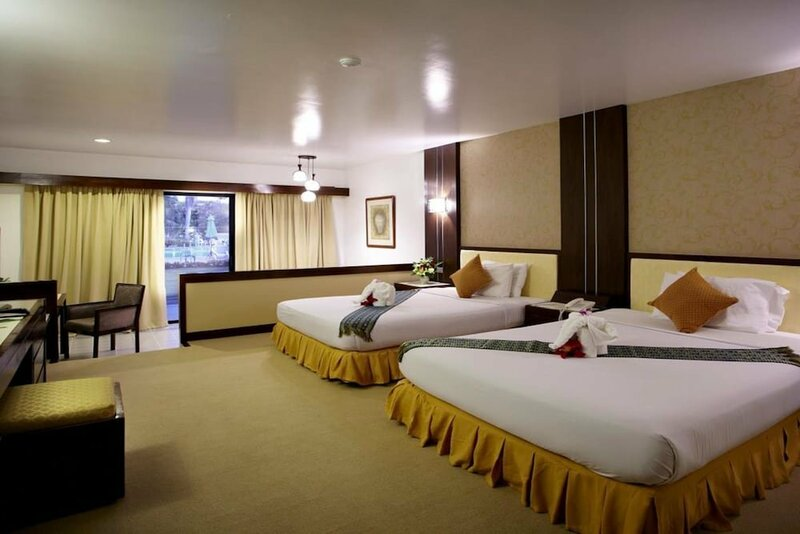 Pinehurst Golf Club & Hotel