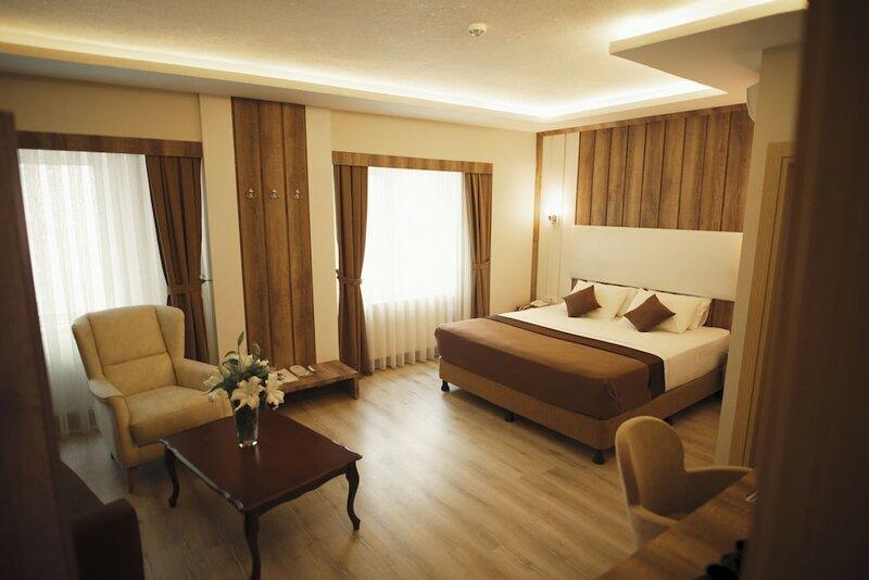 Line Suite Hotel