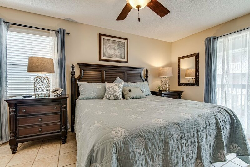 Sandy Shores West 202 2 Bedroom Condo