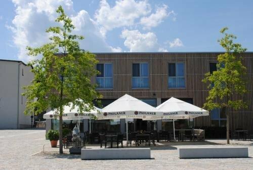 Restaurant Seenario