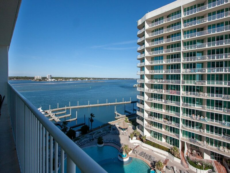 Waterfront Condo with Large Balcony - Unit Crc0709