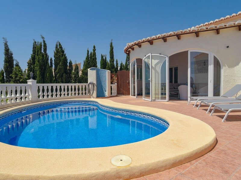 Beautiful Detached Villa10 People Private Swimming Pool and 180 Degrees sea View