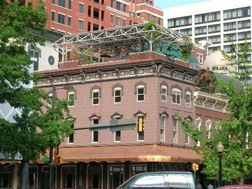 Etta's Place - A Sundance Inn