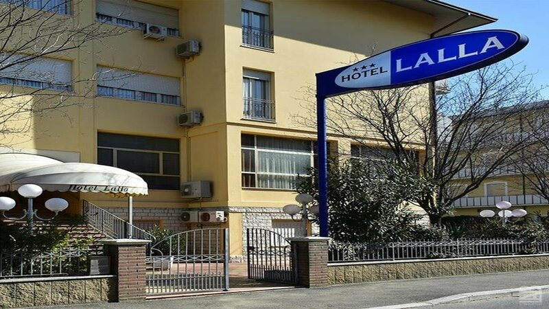 Hotel Lalla
