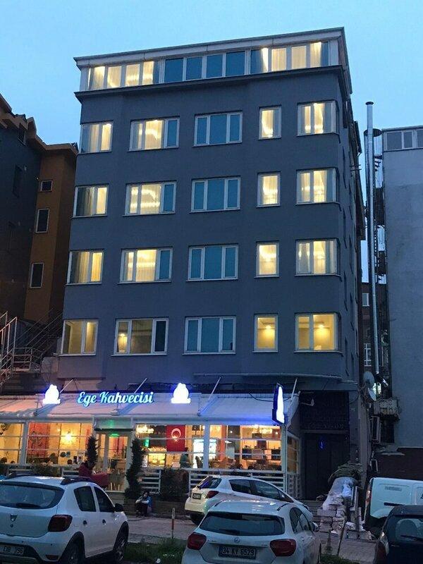 Asia Lees Inn Hotel