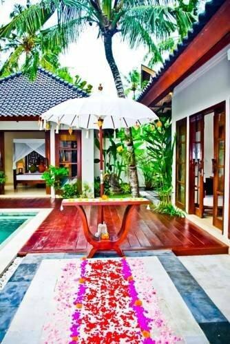 Sama Sama Villa