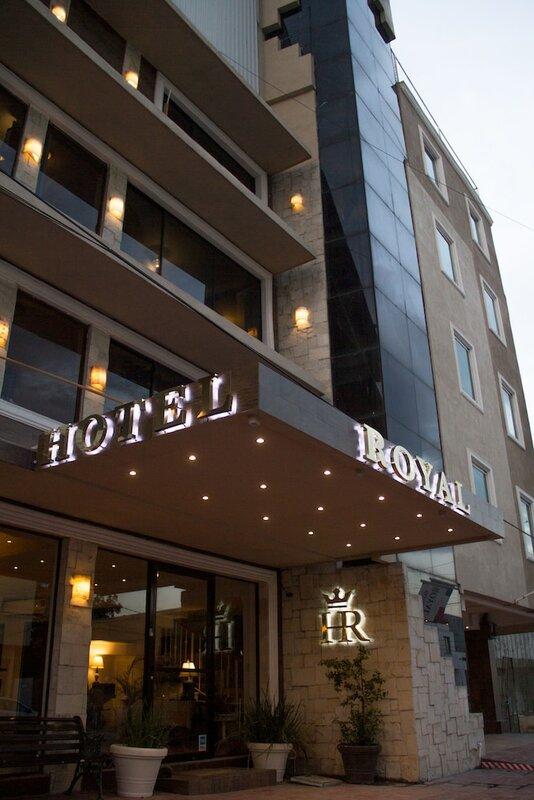 Отель Royal Inn