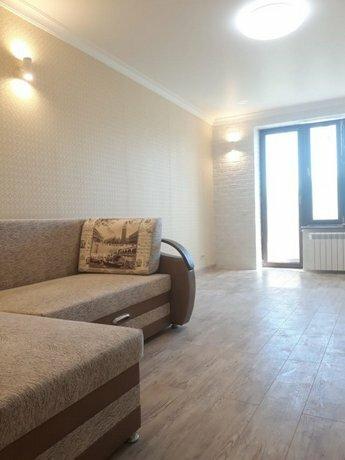 Na Danilovskoj Naberezhnoj Apartments